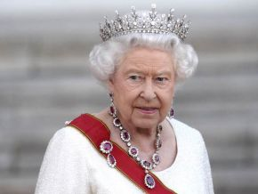 Is it true that Queen Elizabeth II has denied an audience to Cameroon's Anglophone leaders?