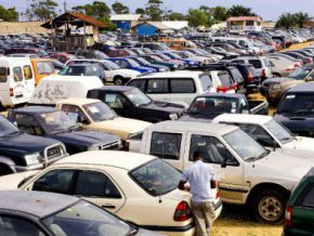 Customs administration apparently selling 2,000 cars in Douala