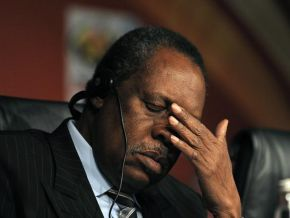 Is it true that Zanzibar voted for Issa Hayatou during the CAF election?