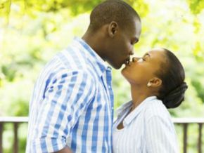Is it true that kissing in public is forbidden at Douala Essec campus?