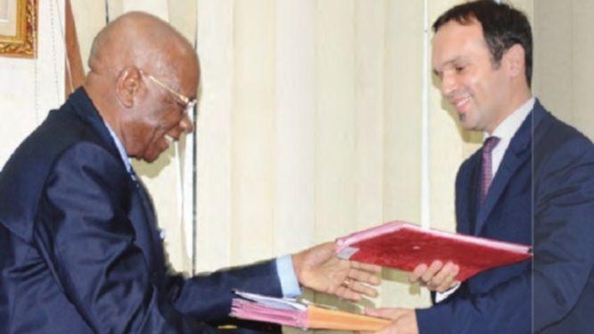 le-cameroun-veut-relever-le-defi-de-la-delivrance-du-passeport-en-24-heures