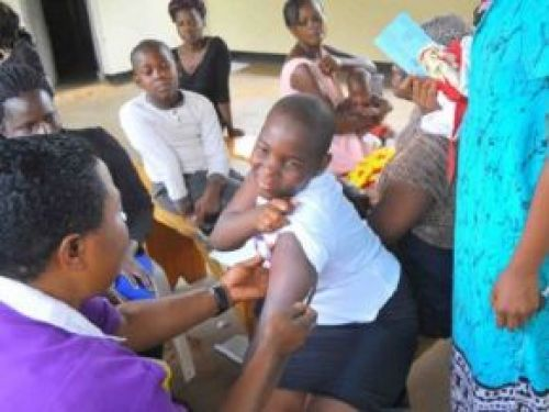 Health Ministry kicks off cervical cancer vaccination campaign for girls