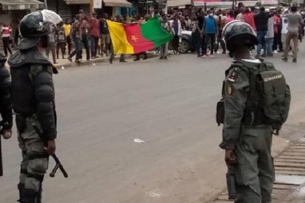 marches-du-mrc-les-journalistes-interpelles-par-la-police-sont-libres