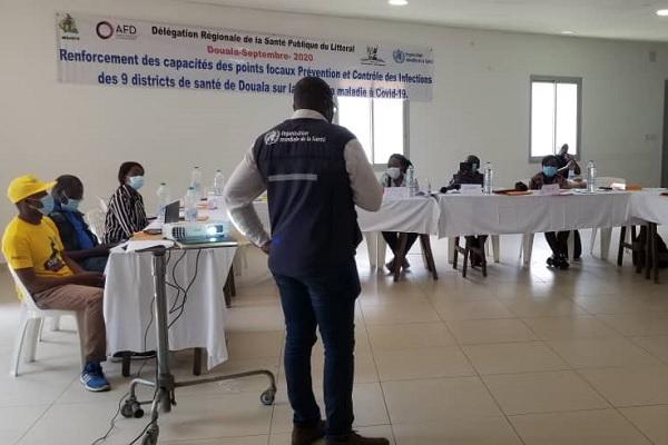 douala-des-agents-de-sante-se-recyclent-pour-mieux-combattre-le-coronavirus