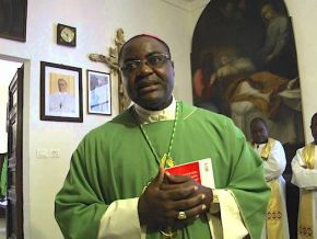 No, Abraham Kome, bishop of Bafang's diocese does not have a Facebook account