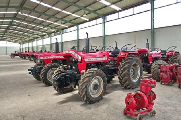 fruit-de-la-cooperation-entre-le-cameroun-et-l-inde-l-usine-des-tracteurs-d-ebolowa-se-meurt