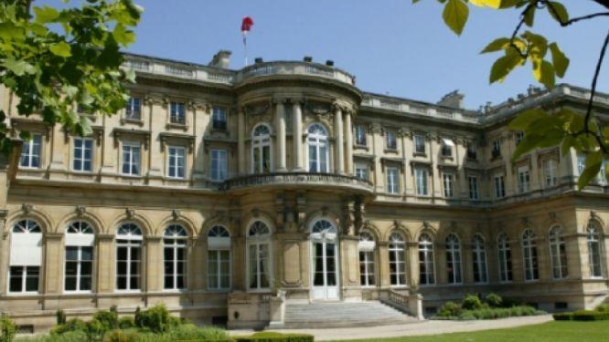 lutte-contre-le-covid-19-l-outrage-de-la-diplomatie-francaise-au-cameroun