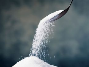 Are businessmen putting pressure to import sugar in Cameroon?