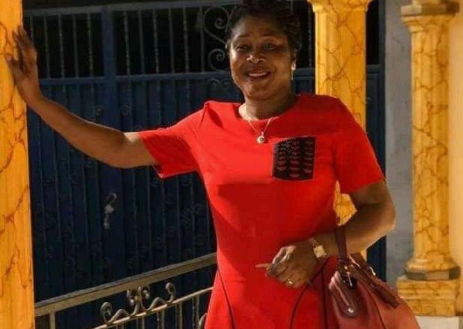 yaounde-le-meurtre-d-une-enseignante-relance-le-debat-sur-les-violences-contre-les-femmes