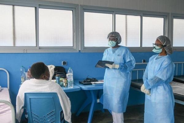 covid-19-le-personnel-de-sante-divise-sur-la-vaccination