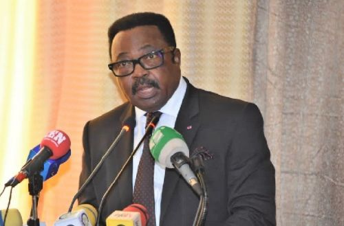 minister-of-external-relations-threatens-to-sanction-late-or-absent-officials