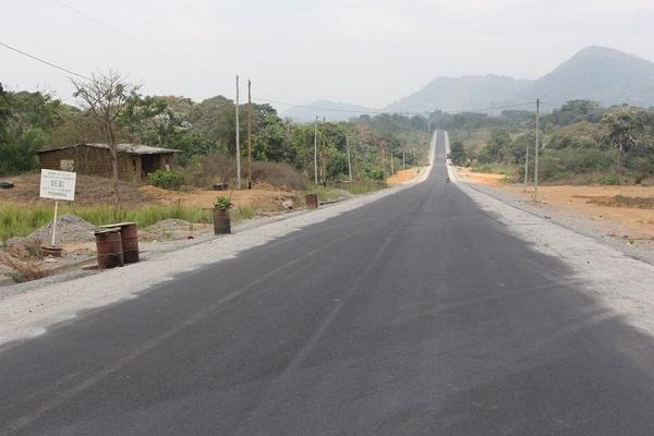 route-yaounde-bafoussam-babadjou-apres-trois-rallonges-de-delais-sinohydro-promet-de-livrer-les-travaux-du-lot-2-en-juillet-2021