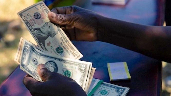 7-pays-accordent-au-cameroun-la-suspension-du-service-de-sa-dette