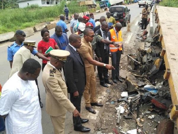 le-ministere-des-transports-sanctionne-les-responsables-d-un-accident-qui-a-fait-16-morts-sur-l-axe-ayos-yaounde