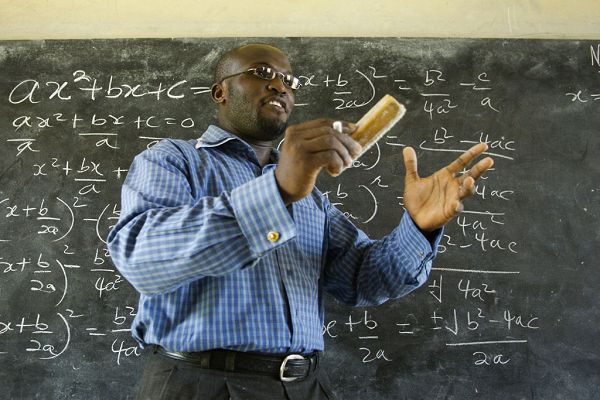 covid-19-les-syndicats-d-enseignants-conditionnent-la-reouverture-des-ecoles
