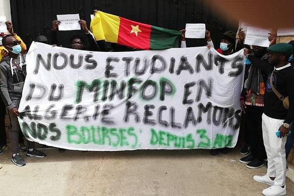 le-cameroun-s-acquitte-d-une-partie-de-la-dette-due-a-ses-etudiants-boursiers-en-algerie