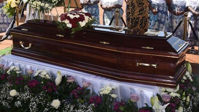 lutte-contre-le-covid-19-les-veillees-mortuaires-interdites-dans-le-centre
