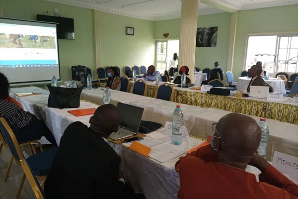 sante-publique-le-cameroun-veut-se-doter-d-ici-septembre-2021-d-un-plan-national-pour-mieux-repondre-aux-urgences