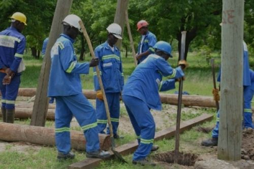rural-electrification-cameroon-will-need-xaf874-bln-to-electrify-9-000-rural-neighborhoods-minee