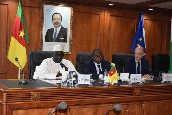le-cameroun-prepare-l-audit-de-la-gestion-de-pres-de-1000-milliards-issus-du-c2d
