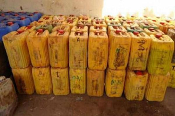 nouvelle-saisie-de-produits-petroliers-de-contrebande-en-pleine-recrudescence-du-phenomene-au-cameroun