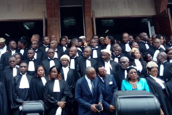 greve-des-avocats-le-barreau-durcit-le-ton-et-menace-de-sanctions-les-avocats-recalcitrants