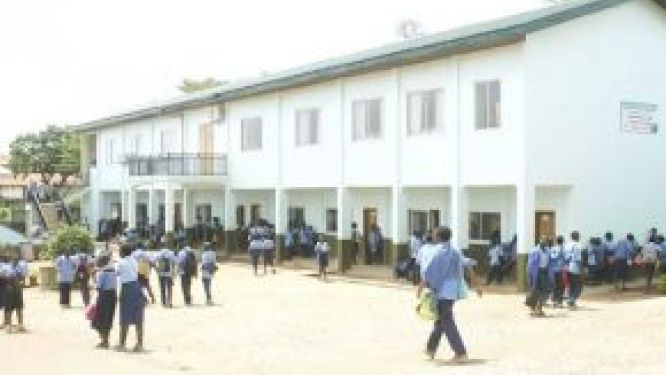 archdiocese-of-yaounde-sends-teachers-on-temporary-leave-amid-the-covid-19-crisis