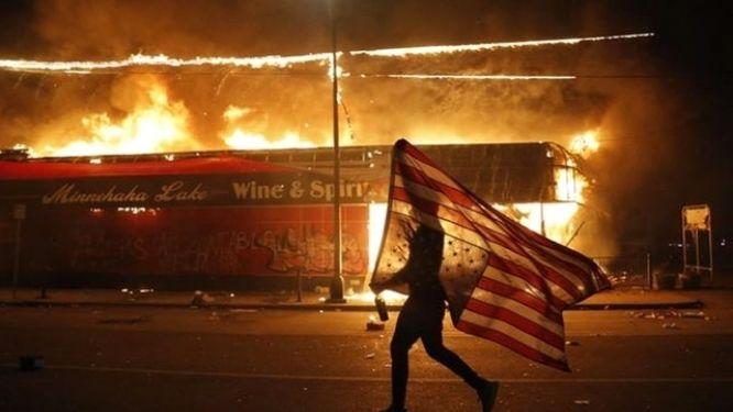 l-afrique-observe-avec-consternation-les-derives-de-la-gouvernance-americaine
