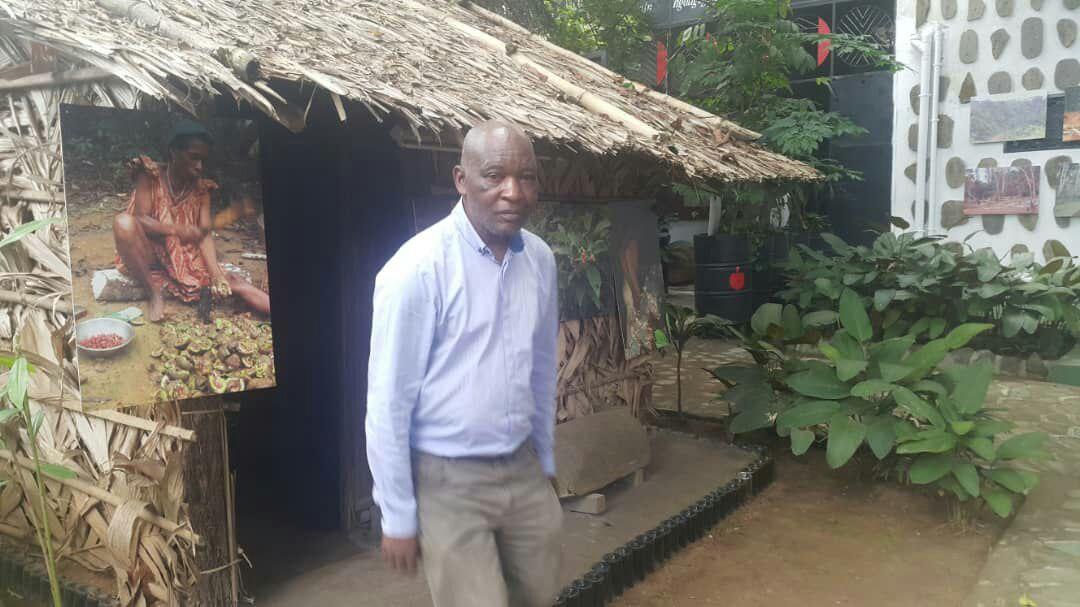 une-petition-pour-exiger-le-retour-au-cameroun-de-deux-poteaux-sculptes-conserves-dans-un-musee-en-allemagne