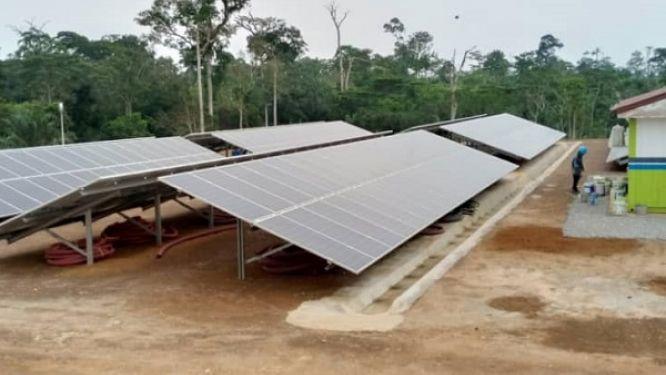 la-centrale-hybride-solaire-thermique-792-kw-de-lomie-entre-en-service
