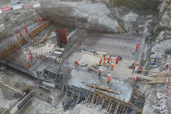 barrage-de-nachtigal-accusee-d-entretenir-600-emplois-fictifs-la-drh-de-ccn-licenciee