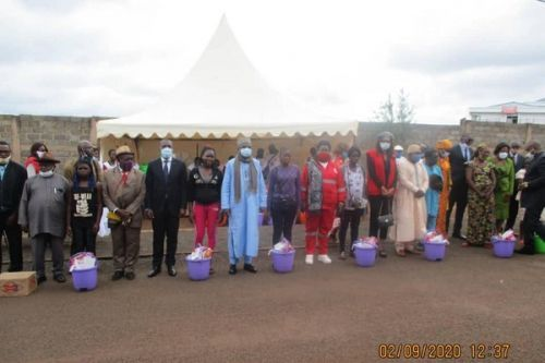 Covid 19: Cameroon's Red Cross offers 2000 kits to schools in three regions