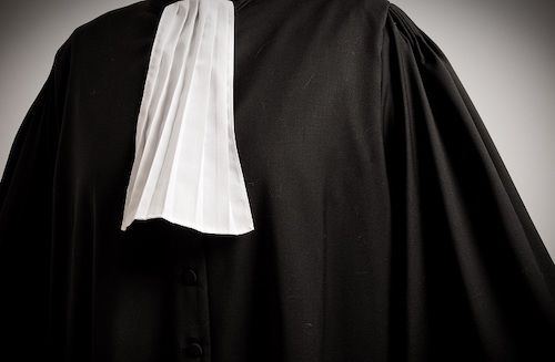 Yes, Cameroon's bar forbids the display of lawyers' robes on political advertisement posters