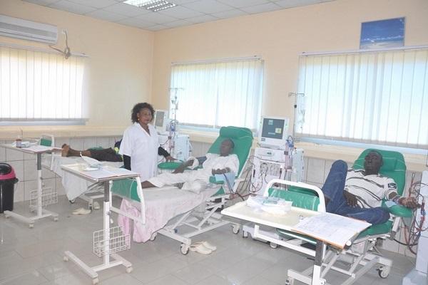 hopital-regional-de-bertoua-une-quinzaine-de-morts-suite-a-l-arret-du-centre-d-hemodialyse