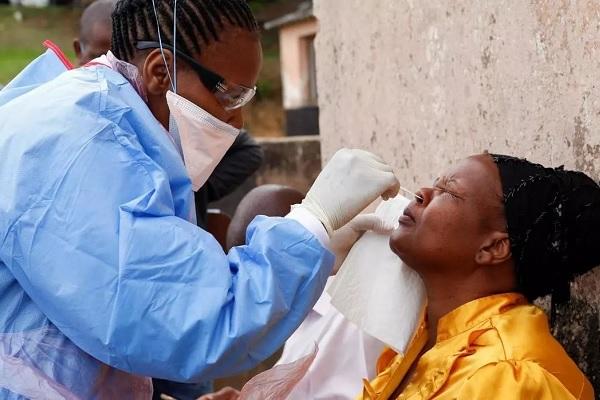 lutte-contre-le-coronavirus-1-9-milliard-fcfa-pour-190-districts-de-sante